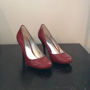 JS by Jessica red patent heels